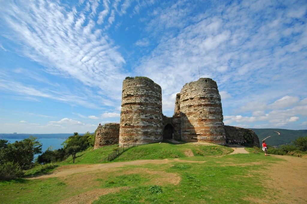 Ceneviz Castle - Ceneviz Kalesi